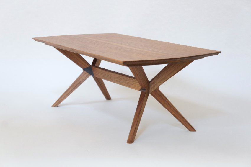 XX Table with Bench